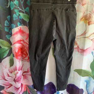 Zara Jeans - Zara High Waisted Skinny Jean